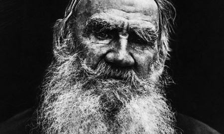 Leo-Tolstoy-in-1908-001